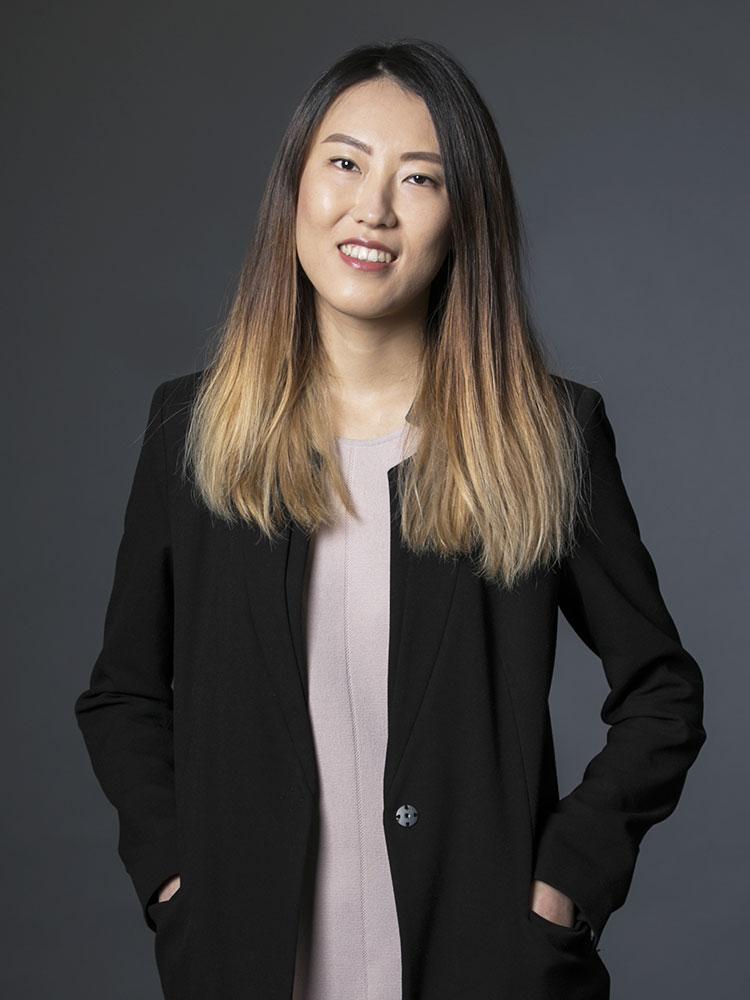 Leslie X Shen